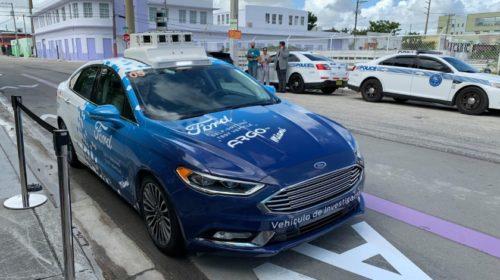 Ford má ambiciózne plány s autonómnou zdieľanou dopravou