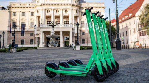 Bolt v Bratislave predstavil nový model zdieľaných elektrických kolobežiek